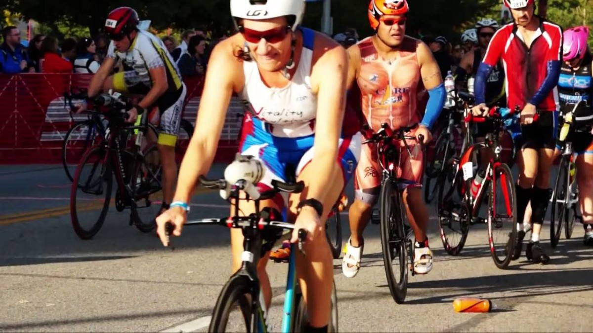 IRONMAN LOUISVILLE 2015 VIDEO – Race Day Highlights